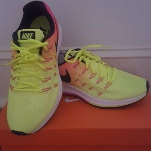 Womens Nike Air Zoom Pegasus 33 OC